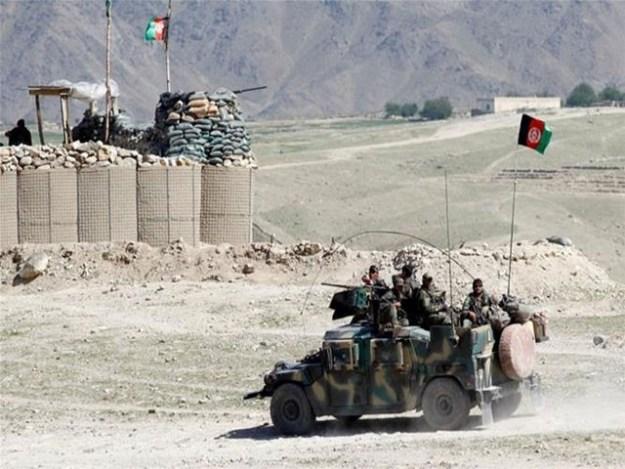 طالبان نے غزنی شہر پر دھاوا بولتے ہوئے متعدد سرکاری عمارتوں پر قبضہ کرلیا،فوٹو: رائٹرز