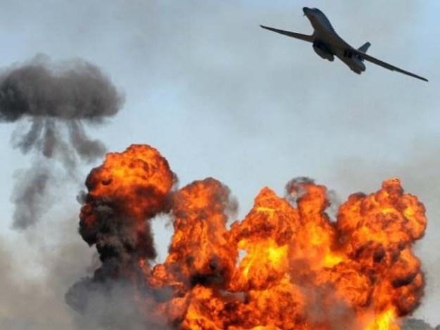 فضائی حملہ شدت پسندوں کے ٹھکانے پر کیا گیا۔ فوٹو : فائل