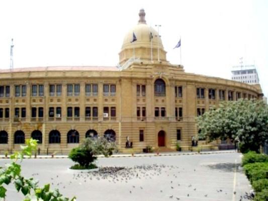 کے پی ٹی کی تمام 221 آسامیوں کے لیے کراچی کے امیدواروں کو نظر انداز کیا گیا ہے (فوٹو: فائل)
