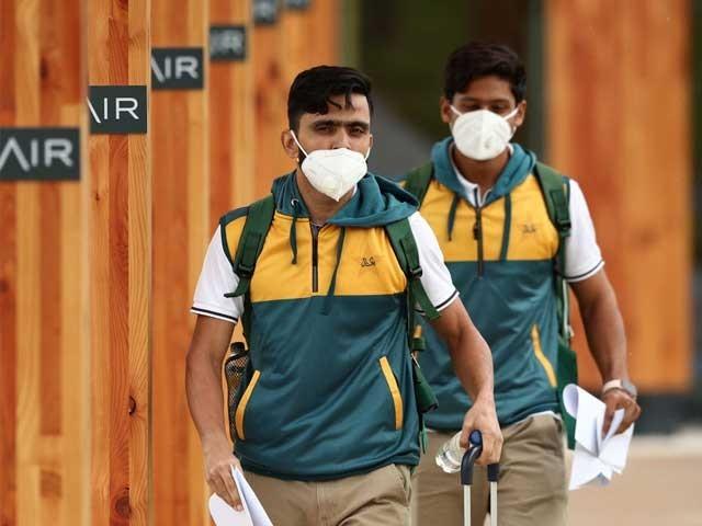 انگلینڈ پہنچنے والے پاکستانی کرکٹرزاورمعاون اسٹاف کی کورونا ٹیسٹنگ آج ہوگی