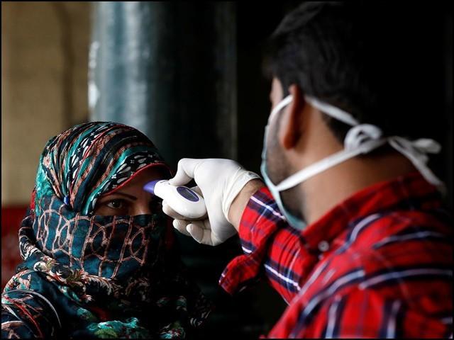 کراچی میں عوام کی بڑی تعداد کورونا کے خلاف مدافعت پیدا کرچکی ہے، ماہرین
