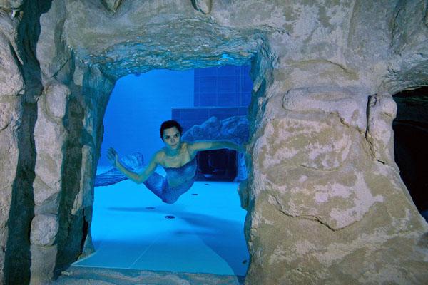 دنیا کا سب سے گہرا تیراکی کا پول 4