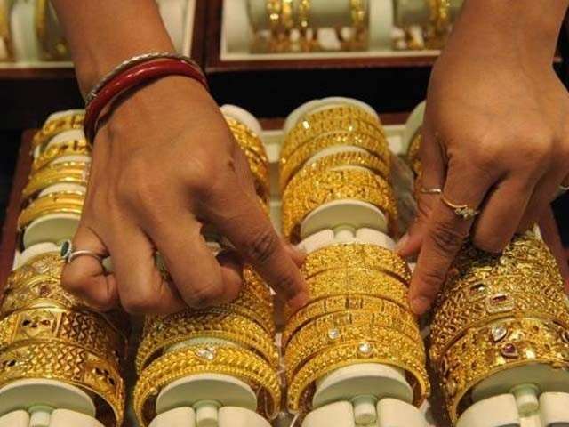 سونے کی قیمت میں یکدم 2800 روپے کی کمی