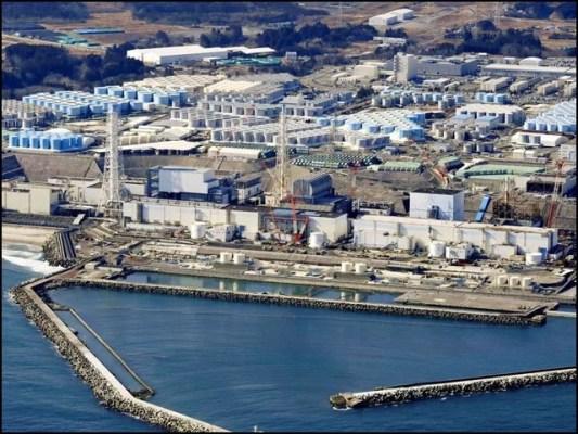 جاپان نے فوکوشیما ایٹمی بجلی گھروں سے نکلنے والا تقریباً دس لاکھ ٹن تابکار پانی سمندر میں بہانے کی تیاری کرلی ہے۔ (فوٹو: انٹرنیٹ)
