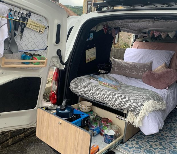 Chloe Nash's van
