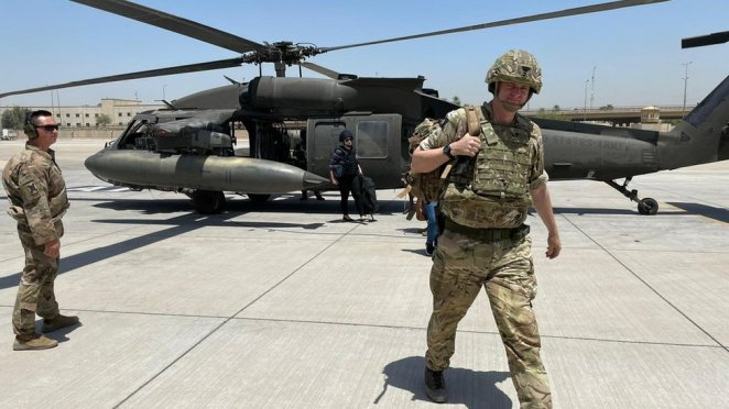 Tuğgeneral Richard Bell, ABD liderliğindeki koalisyonun meşru müdafaa hakkını elinde tuttuğunu söylüyor.