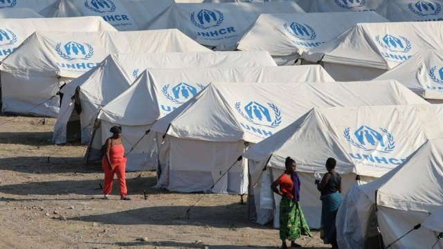 Temporary camp on Lesbos, 14 Sep 20