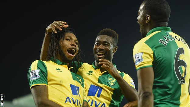 Alex Tettey celebrates his goal