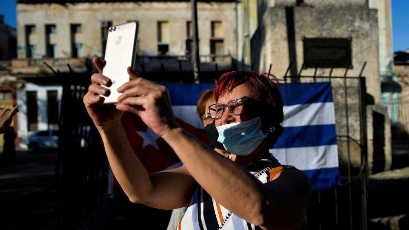 """116323419 gettyimages 1229863430 - Cuba emprende el """"Día Cero"""" del ordenamiento monetario y de profundas reformas económicas"""