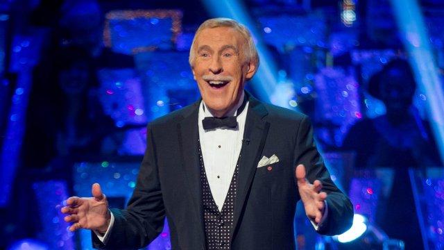 Sir Bruce Forsyth: TV legend dies aged 89