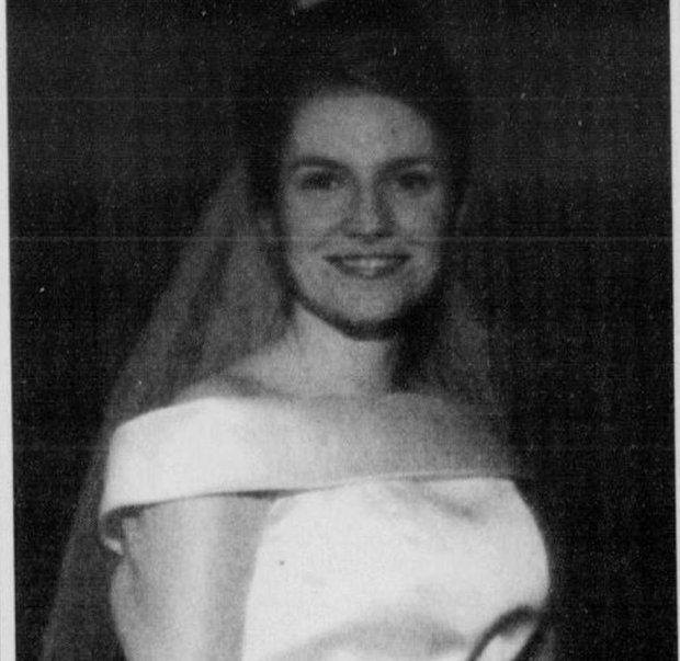 Anne Sacaloose