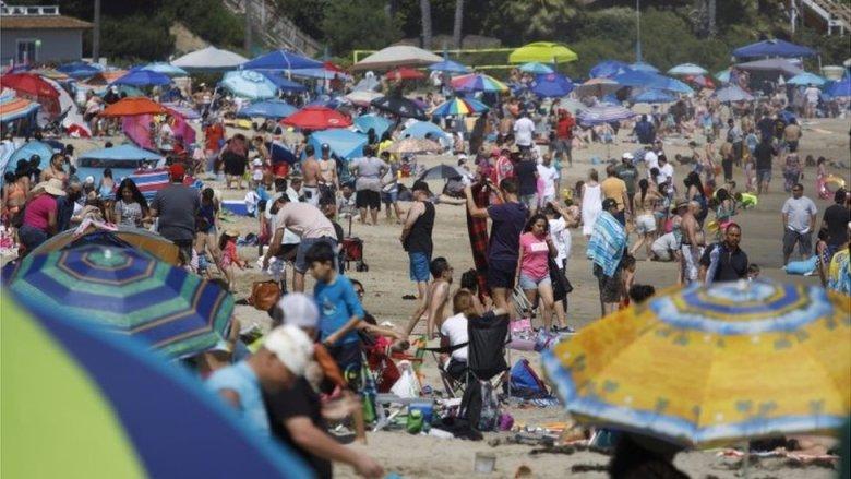 Una playa en California