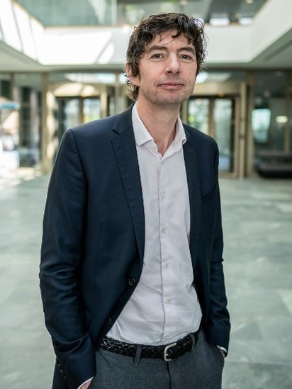 112299790 drosten5 - Christian Drosten, el científico asesor de Angela Merkel que bate récords de popularidad