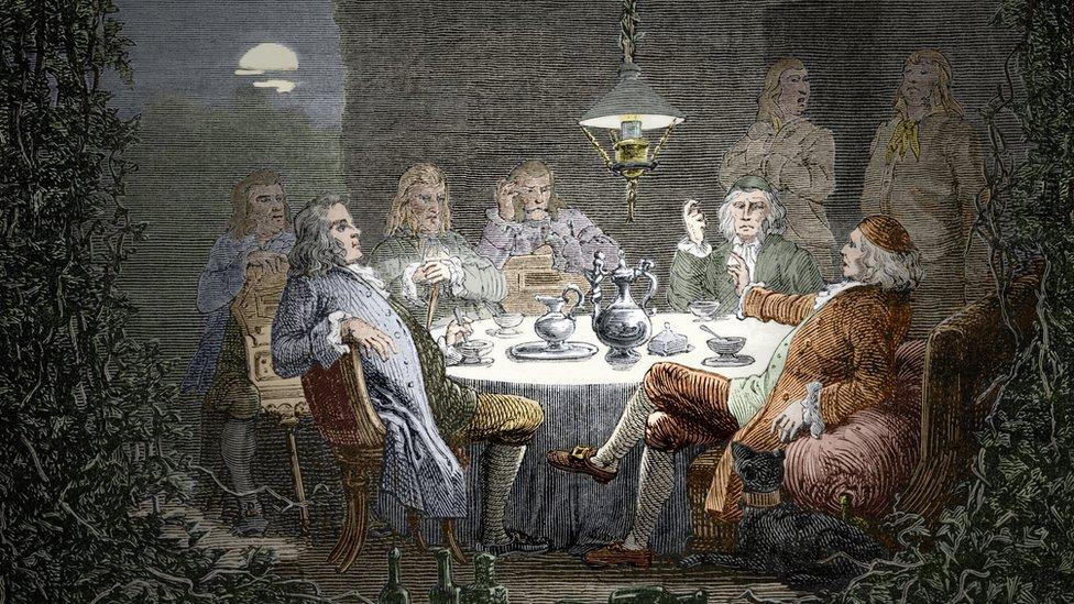 Erasmus Darwin gibi bilim insanları ve sanayicilerin bir araya gelerek yemek yediği, bilimsel ve teknolojik ilerleme üzerine konuştuğu The Lunar Society kulübünün gravürü