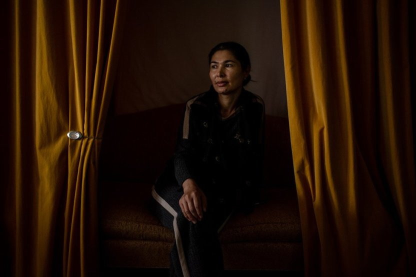 """116683933 tursunay bbc 26jan21 28 - """"Pagaban para elegir a las reclusas más bonitas"""": detenidas de un campo para uigures en China denuncian violaciones"""