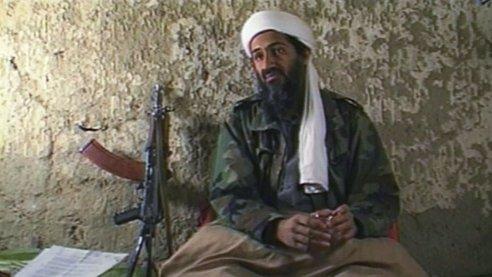 Osama Bin Laden le declaró la guerra a EE.UU. desde una cueva en Afganistán el 20 de agosto de 1998.