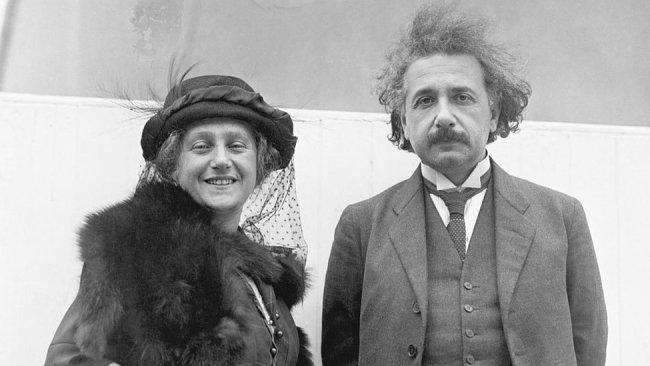 Albert Einstein ve ikinci karısı Elsa
