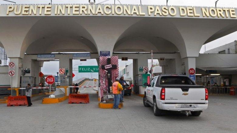 Paso fronterizo entre EE.UU. y México.