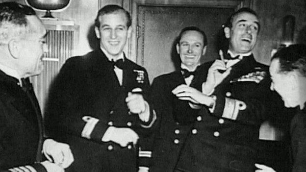 El duque en un evento con amigos en la década de 1950