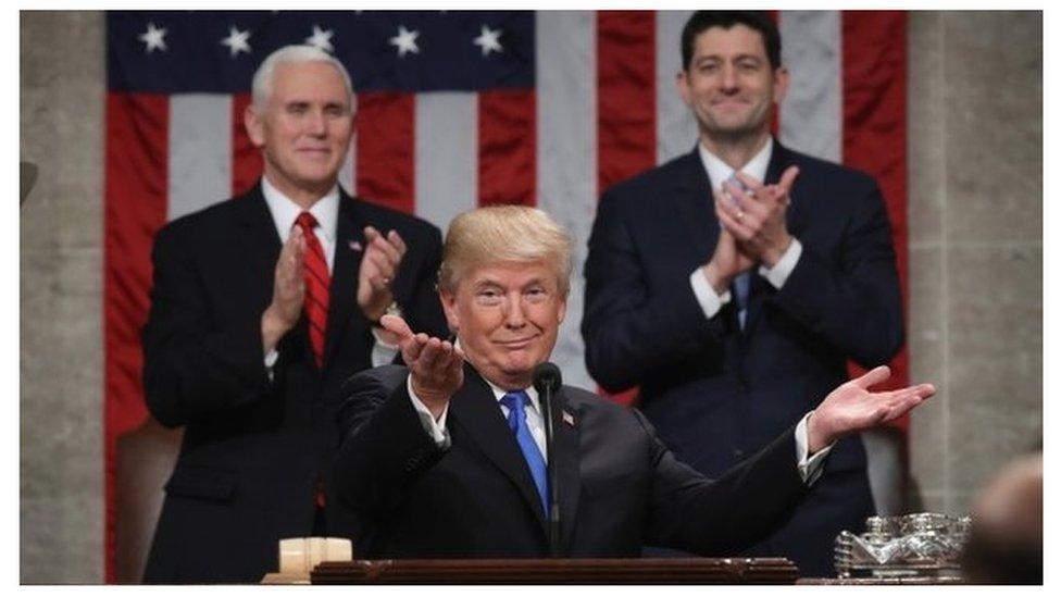 Donald Trump dando su discurso sobre el Estado de la Unión