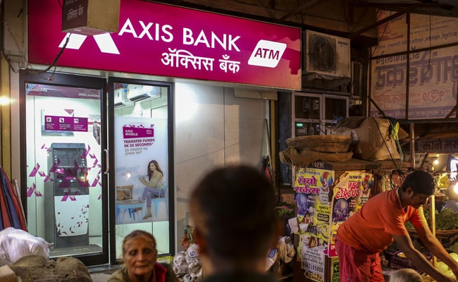 Axis Bank Posts Net Profit Of Rs 2,677 Crore In Q4 Of 2020-21