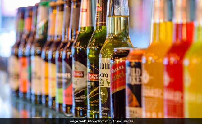 High Court Seeks Response From Delhi Government On Plea Against New Excise Policy