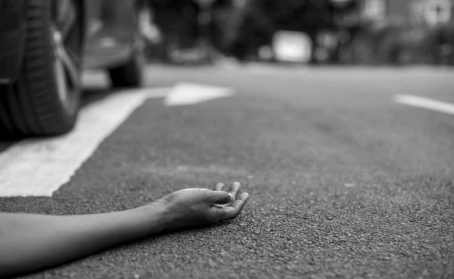 Man Dies On Road, Body Lies Unattended For 3 Hours Over COVID Fears In UP