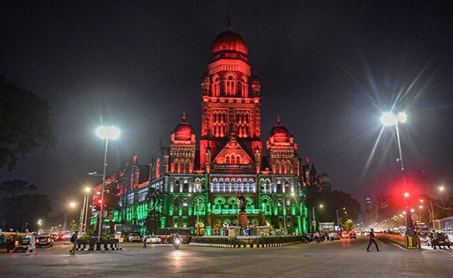 Mumbai To Remain Under Level 3 Covid Curbs Despite Fall In Positivity Rate