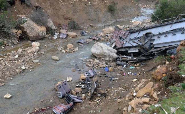 20 Pilgrims Die, 10 Critically Injured In Pakistan Bus Crash