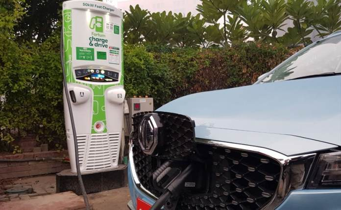 Delhi Government has approved a new single window process for EV charger installation.