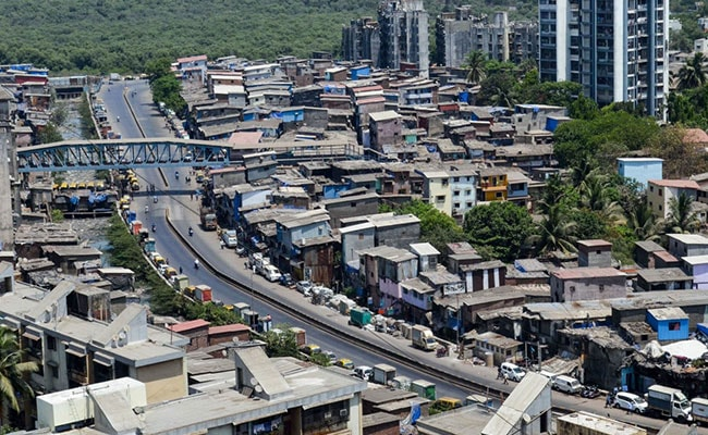 Mumbai's Dharavi Reports Single-Digit Covid Cases After 2 Months