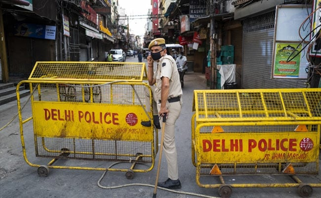 Delhi Agrees To Implement Centre's Order Allowing Shops To Open: Sources