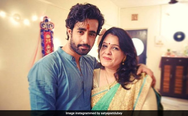 Prassthanam Actor Satyajeet Dubey's Mother, Who Was Diagnosed With COVID-19, Fully Recovered Now