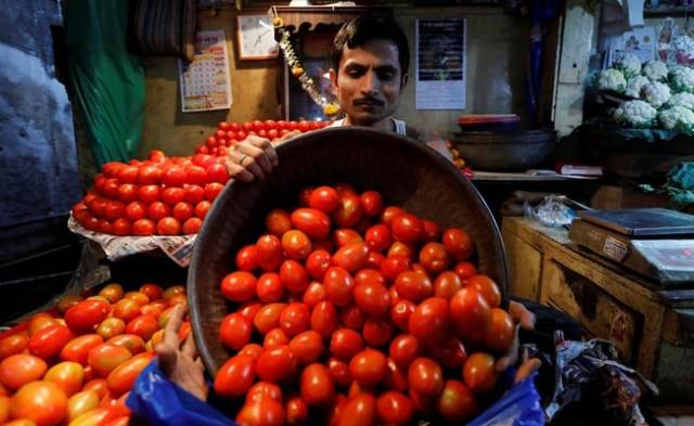 Retail Inflation Likely Touched 4 Month High In March: Poll