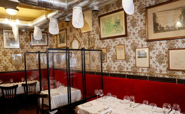 """French Chef Comes Up With """"Coronavirus-Safe"""" Restaurant In Paris"""