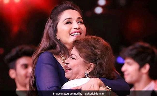 "Guru Purnima 2020 – ""Saroj Khan Made Everything Look Like Poetry In Motion"": Madhuri Dixit Posts Emotional Tribute"