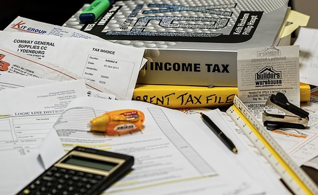 Income Tax Compliance Deadlines Extended Amid New COVID-19 Wave