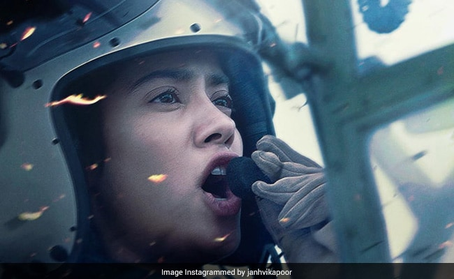 Gunjan Saxena: The Kargil Girl Trailer - The Sky Is The Limit For Janhvi Kapoor And Her Dreams