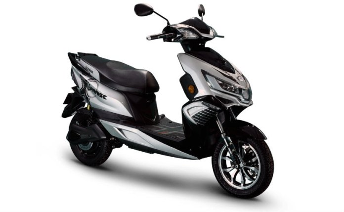 Okinawa rolls out festive season offers on its electric two-wheelers