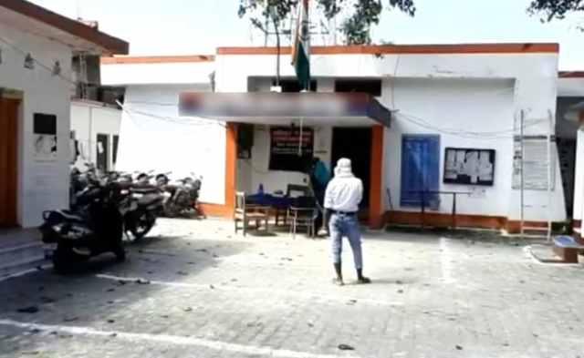 लड़की के साथ कथित तौर पर बलात्कार, यूपी के गोरखपुर में सिगरेट से जलाया, 2 गिरफ्तार