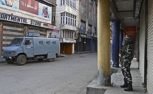 मोबाइल इंटरनेट कश्मीर में स्वतन्त्रता दिवस ब्लैकआउट के बाद बहाल