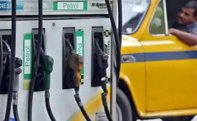 डीजल की दरें, महानगरों में कम, पेट्रोल अपरिवर्तित