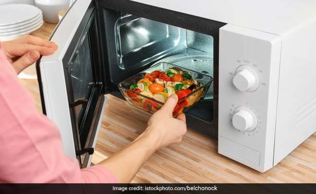4 of the best microwave oven options