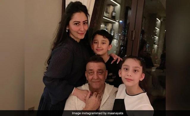 Sanjay Dutt Meets His Kids After Months. 'No Complaints, No Requests,' Writes Maanayata