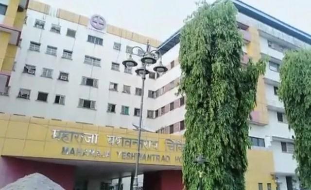 MP के बड़े अस्पताल का हाल- स्ट्रेचर पर 11 दिनों से रखी लाश बन गई कंकाल