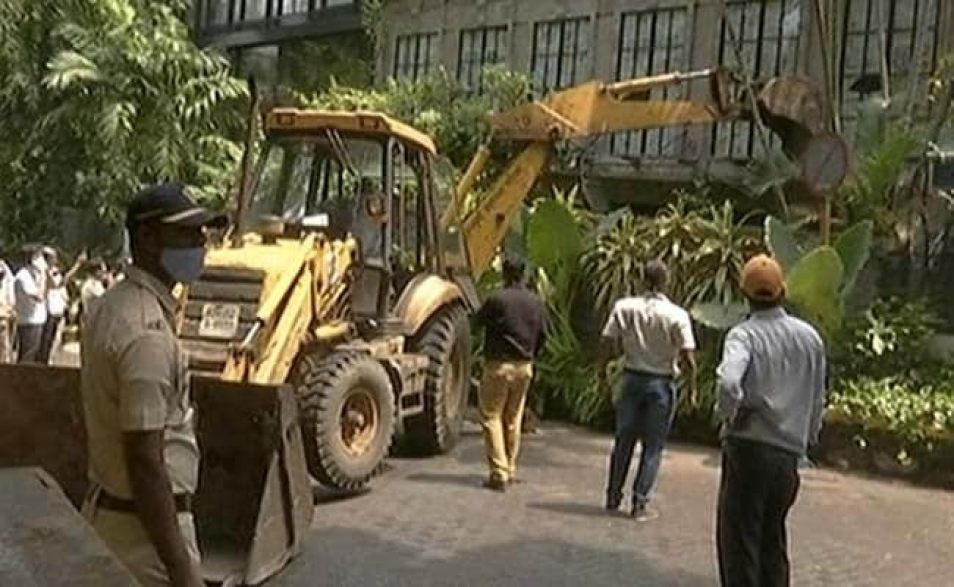 Kangana Ranaut On Demolition At Her Mumbai Office: PoK, Pak, Bullywood