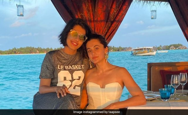 When In Maldives, Taapsee Pannu And Her Sister Shagun Chill Like This