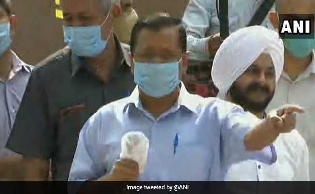 'Want Complete Rollback' Of Farm Laws: Arvind Kejriwal Joins Protests At Jantar Mantar
