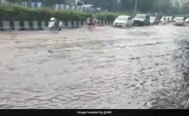 पश्चिमी महाराष्ट्र के 3 जिलों में बारिश ने ली 27 लोगों की जान