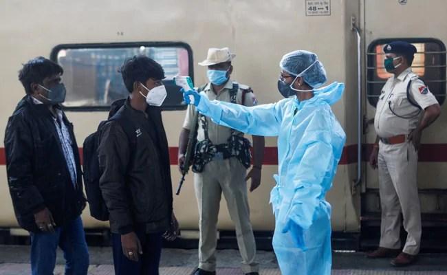 भारत कोरोनोवायरस अपडेट: भारत नेयर्स 2 करोड़ कोविद ने दूसरी लहर के बीच विनाशकारी मामलों को दर्ज किया